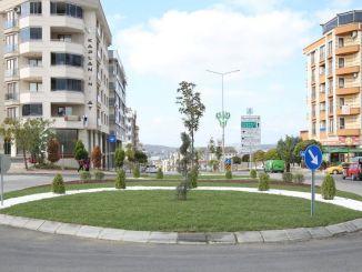 Regeling voor twee rotondes in Çayırova