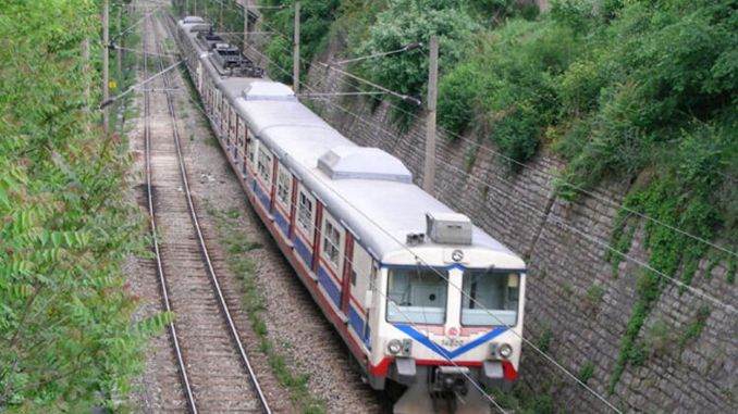 AFRAY Commuter Line nga konektado sa High Speed ​​Train Line nga adunay Gunting