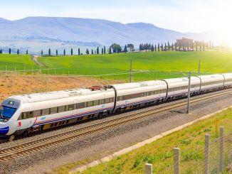 Proefrit gemaakt om spoor op te stellen op Ankara Sivas YHT-lijn