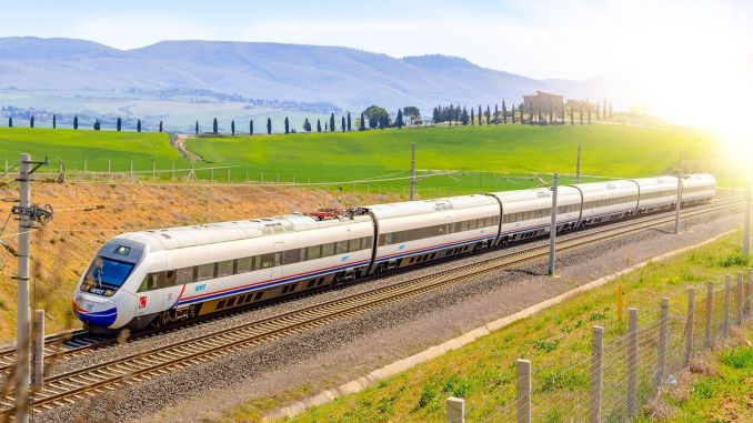 Trial Ride Made to Set Up Rail on Ankara Sivas YHT Line