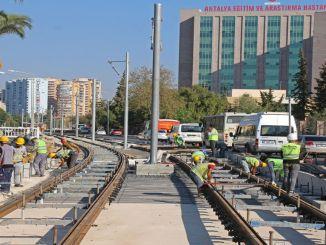 Rails bereikten Falez-kruispunt in Antalya 3e fase railsysteemproject