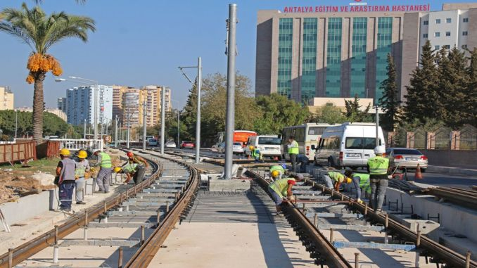 Rails Reached Falez Intersection in Antalya 3rd Stage Rail System Project
