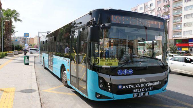 Öffentliche Verkehrsmittel in Antalya kostenlos am 29. Oktober