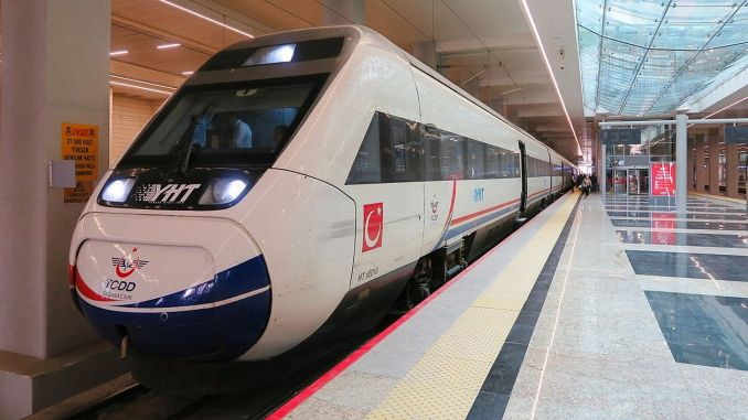 Minister Karaismailoğlu Announces the Number of Passengers Transported on YHT Lines