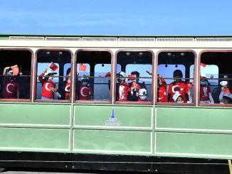 Nostalgische tramreis voor İZELMAN kleuterschoolstudenten