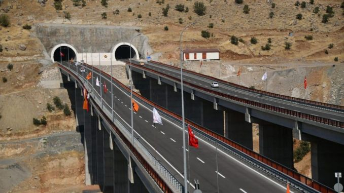 Cizre Şırnak Road Cudi Mountain Tunnel and Viaduct Opened with a Ceremony