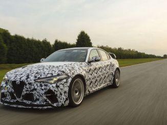 سائقو F1 يختبرون سيارة Alfa Romeo Giulia GTA الجديدة