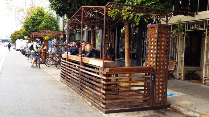 Перша «пішохідна зупинка» у Стамбулі