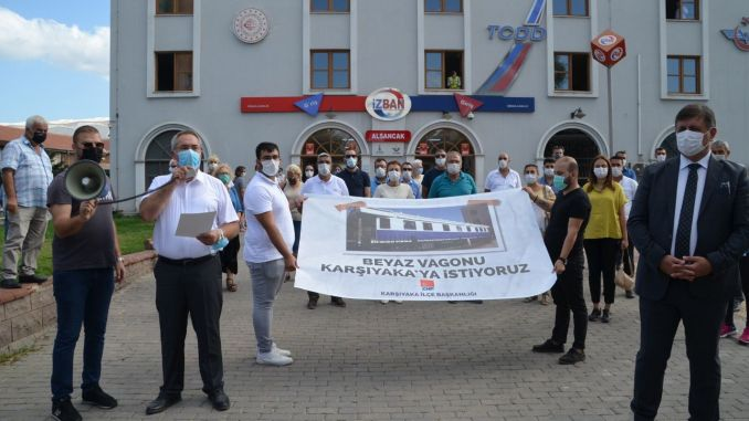 KarşıyakaЛюди начали подписную кампанию за «Белый вагон»