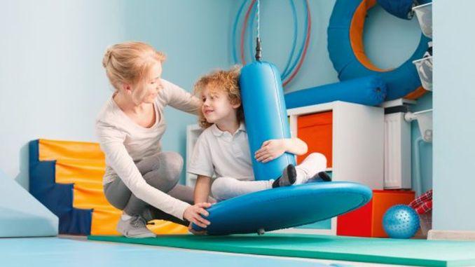 ¿Qué es la rehabilitación pediátrica?