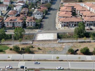 Auf dem Serdivan Sebahattin Boulevard werden die Überfahrten immer einfacher