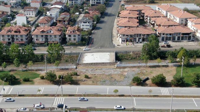 Gli incroci stanno diventando più facili su Serdivan Sebahattin Boulevard