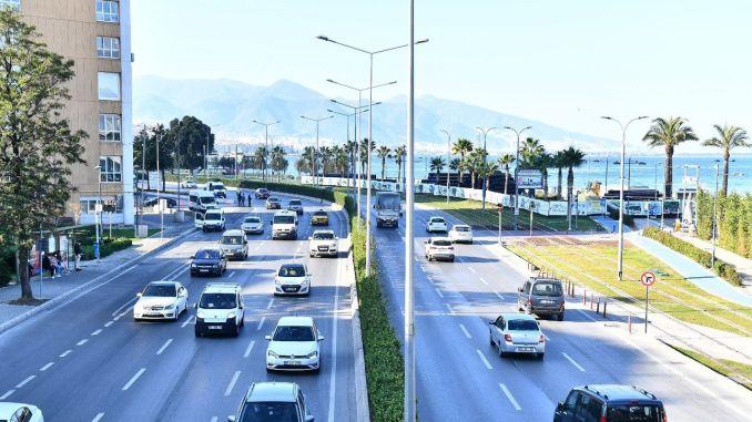 Temporary Traffic Arrangement Starts in Konak Pier Section of Atatürk Street