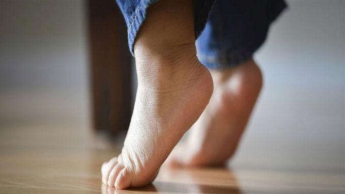 The reason for fingertip walking in children should definitely be investigated