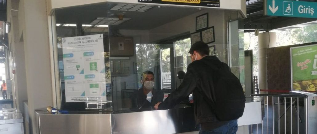 Eshot Bornova Metro Station ได้เปิดศูนย์รับสมัครบัตร