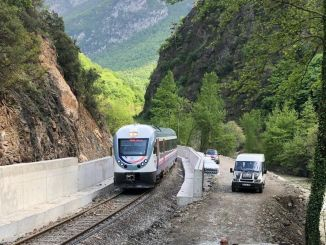 Arrangement of the side roads of the upper deck on the irmak zonguldak line