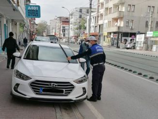 No Passage to Vehicles Parking on Pavement in Kocaeli