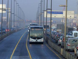 Istanbul marathon arrangement for trafic and metrobus services