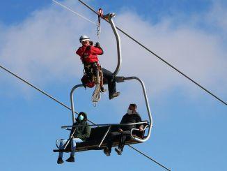 hakkari kayak merkezinde nefes kesen kurtarma tatbikati yapti