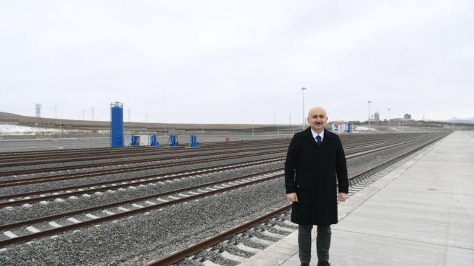 يفتح مركز كارس اللوجستي للعالم من خلال الاندماج مع السكك الحديدية