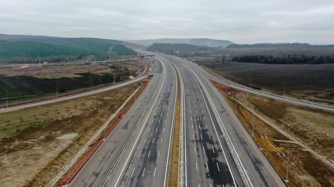 How much is the passing fee for the İzmit Akyazi section of the northern marmara highway