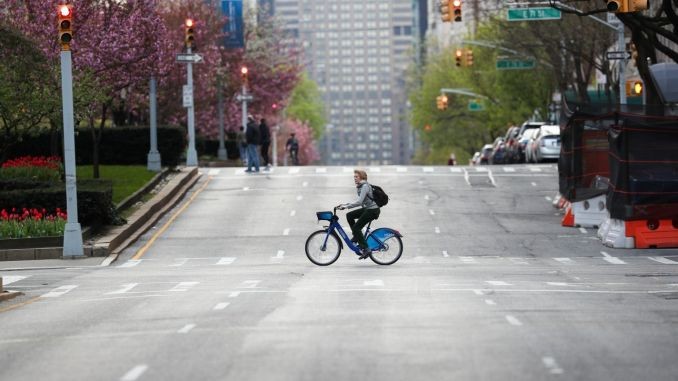 Cycling in the city and its benefits