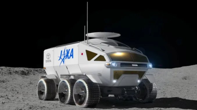 The name of the vehicle of toyotan that will go to the moon is lunar cruiser