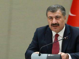 Nach der ersten Sitzung des wissenschaftlichen Ausschusses die Erklärung des Ministers vom Ehemann, wie die Ernennungen vorgenommen werden.