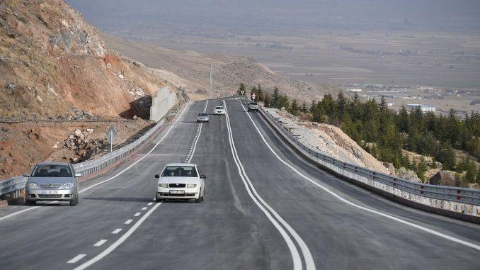 Se abrió al servicio la primera etapa de la carretera Hidirellez