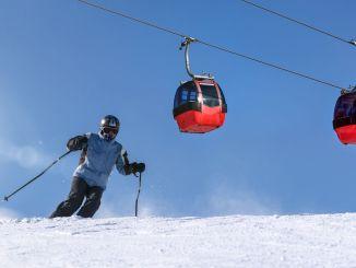 ang parkingan sa awto sa ski resort hinungdan sa krisis taliwala sa pransya ug Switzerland