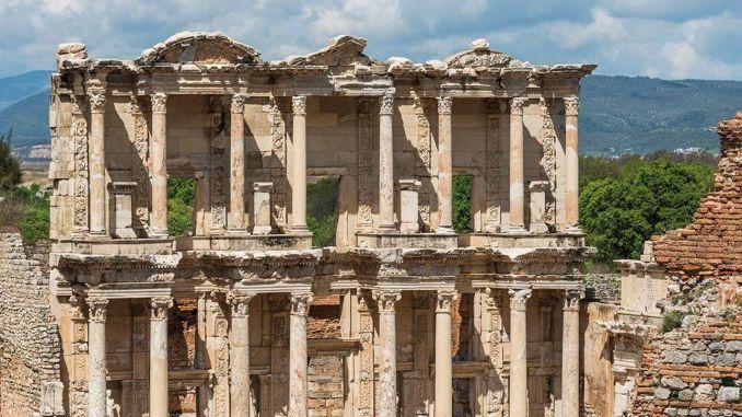 Izmir tourism turkiyenin first digital encyclopedia on the preparation was