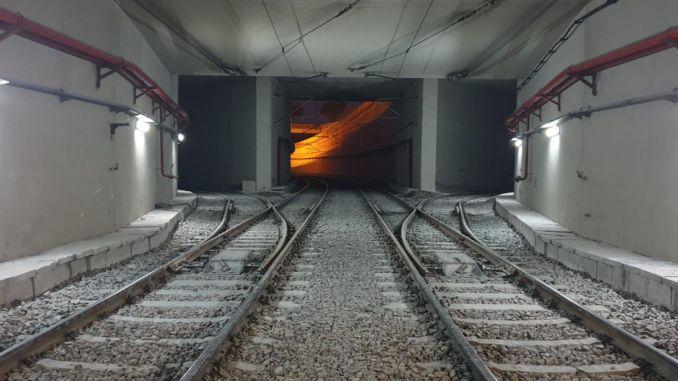 Kung adunay kami sistema sa rail system, ang museyo konektado sa mga riles.
