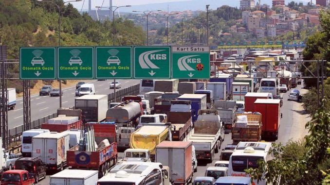 Nagbayad ako usa ka libo nga TL matag bulan alang sa highway ug taytayan