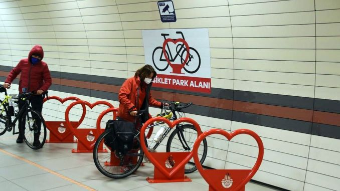 Bicycle parks are established in Istanbul metro