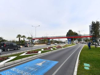 Two new pedestrian crossings from Izmir Buyuksehir to Buca and Mansion