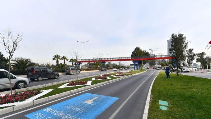 Two new pedestrian crossings from Izmir Buyuksehir to Buca and Mansion