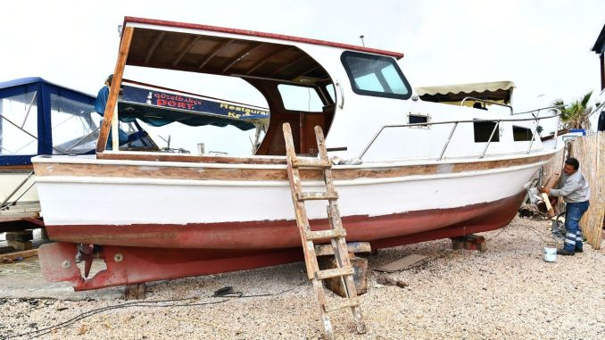 Support to Izmir fishermen for the maintenance of their boats