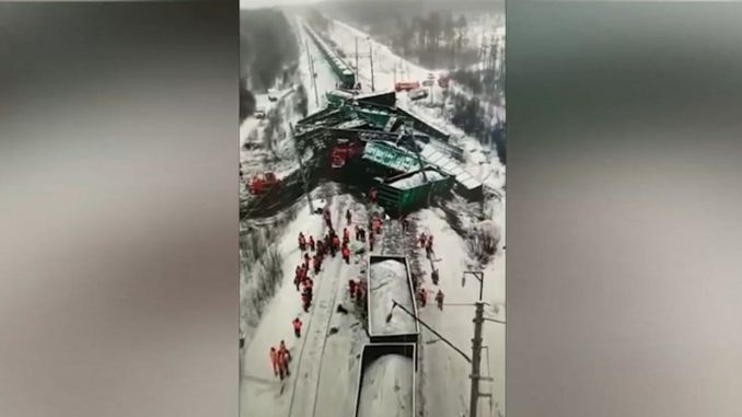 In Russia, the train derailed, the wagon got into each other