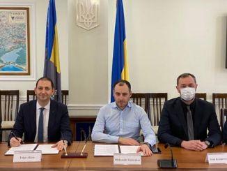 Potpisani su potpisi za novi most kreme koji će se graditi rođenjem u Ukrajini