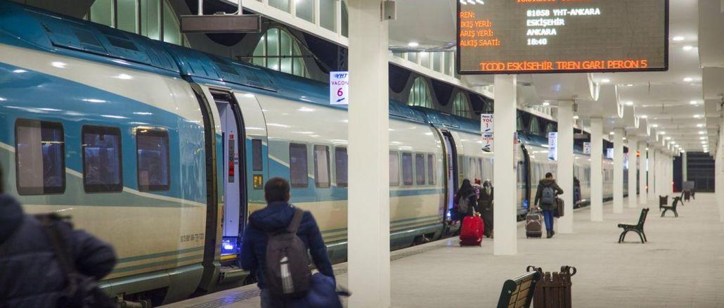 Schnellzugfahrkarten sind am Tag vor dem Reisetag erhältlich
