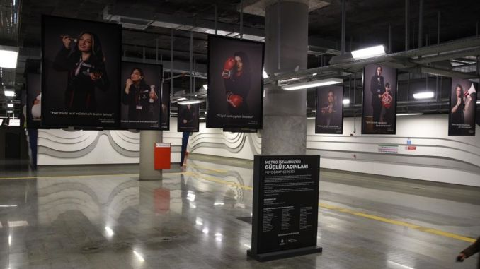 The powerful women of the metro met with the Istanbulites in the photo exhibition