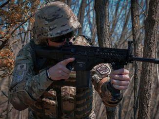 تبرعت Karadag الديك الرومي و mpTrim Assault Rifle إلى mpTrim