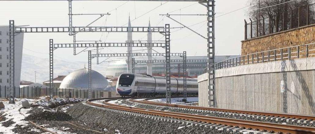 Wann werden die Linien Ankara Sivas und Konya Karaman Yht in Betrieb genommen?