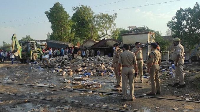 A passenger train hit a truck in india and injured