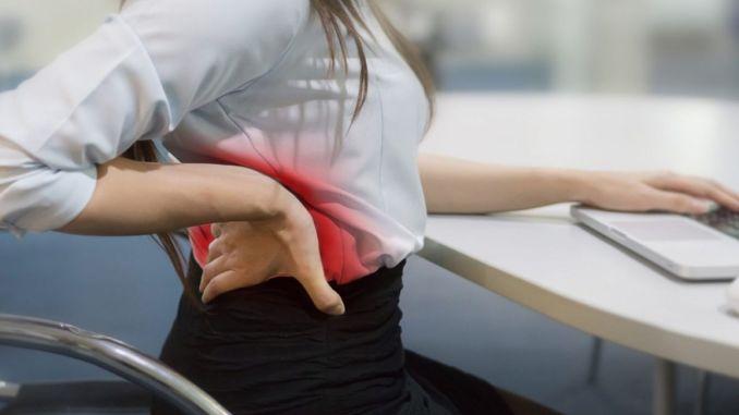 Achten Sie auf Rückenschmerzen bei Frauen