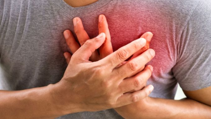 heart attack signals differently in men and women