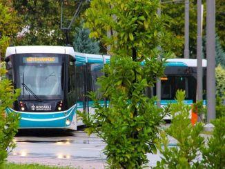 Der Abgeordnete erkundigte sich nach der Ausschreibung für die Straßenbahn des Stadtkrankenhauses Tarhan Kocaeli