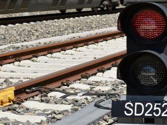 रेलवे लाइनें राष्ट्रीय सिग्नल प्रणाली के साथ अधिक सुरक्षित हैं