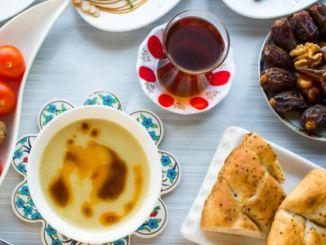 Soovitus tervislikule iftar-plaadile