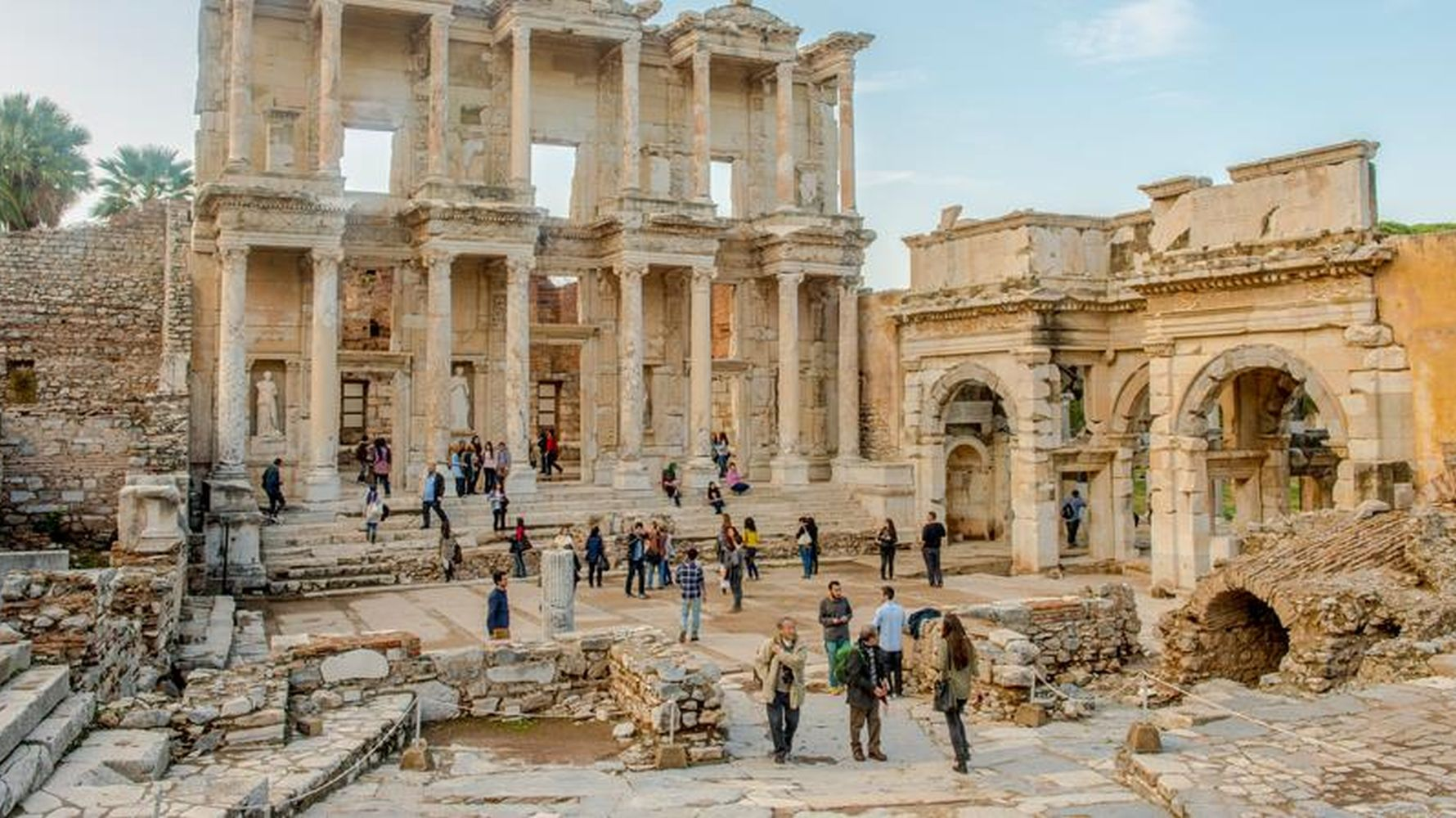 Turkey hosted a million thousand visitors in the first month